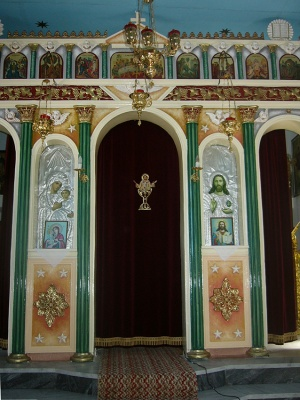 Redecoration of plaster iconostasis-Annunciation of the Virgin Mary